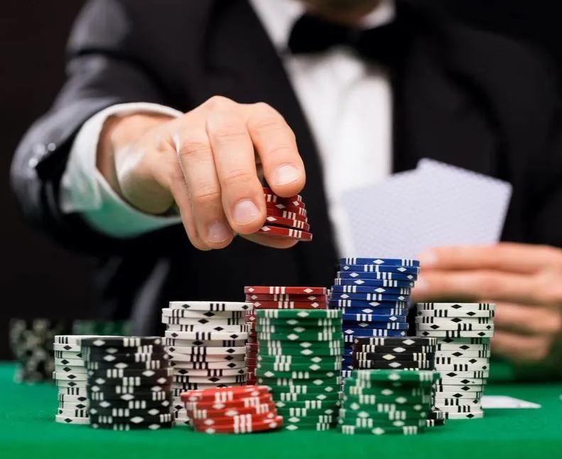 jugar al poker en casino online